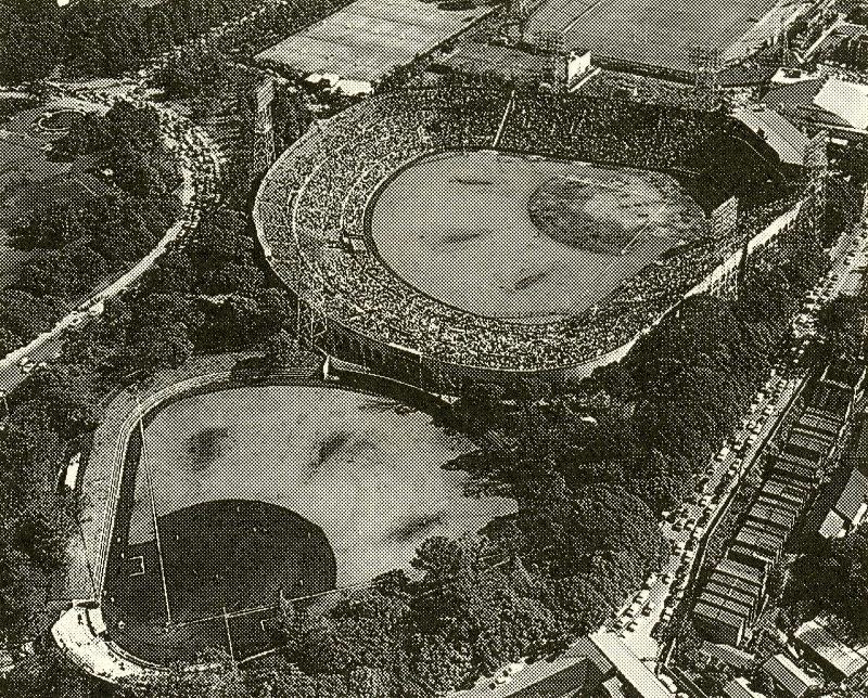 1961年 神宮第2球場竣功 12月25日 東映球団と神宮球場使用契約締結 昭和37年(1962